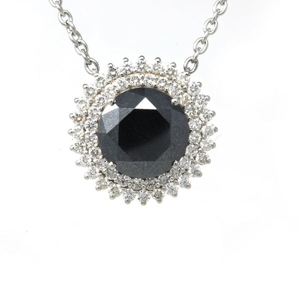 Picture of Huge Black Diamond Pendant