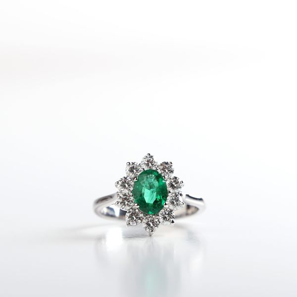 صورة Shining Emerald Oval Ring