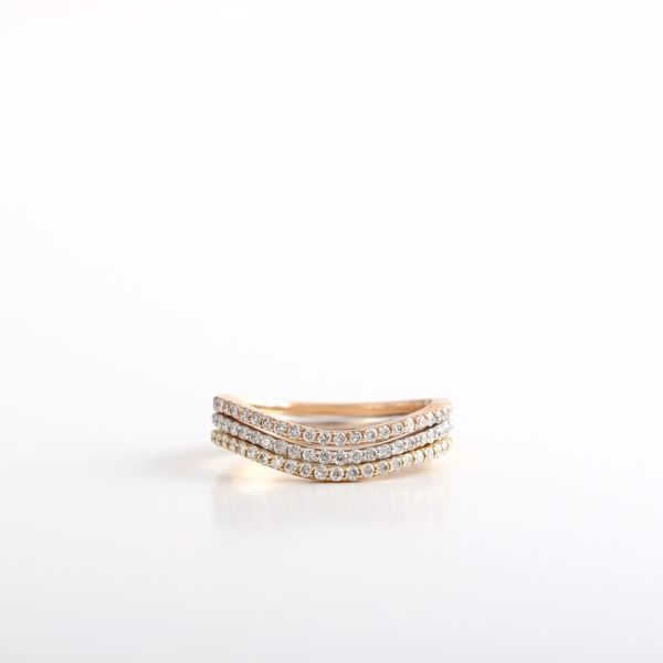Picture of The Wave Diamond Rings