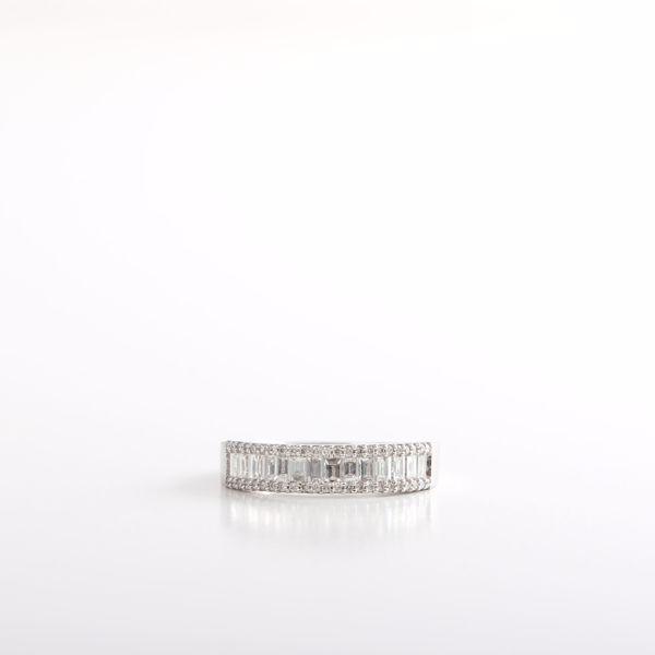 Picture of Half Turn Alliance Diamond Ring