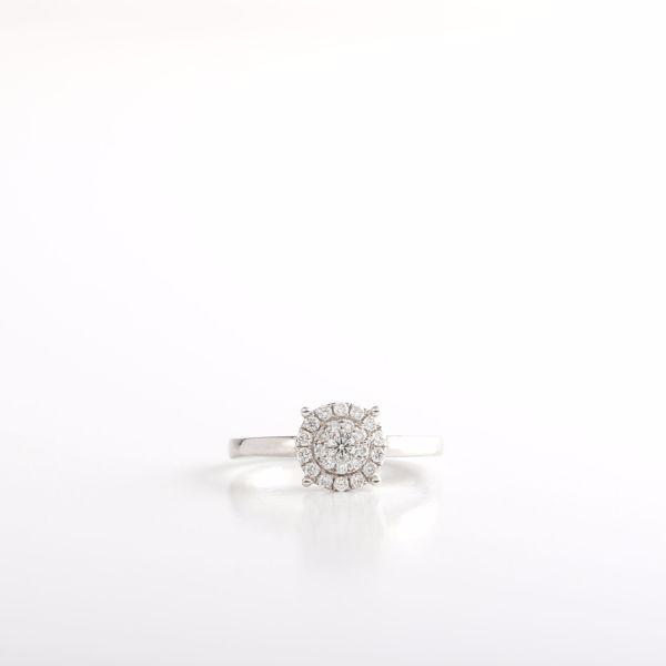 Picture of Exquisite Diamond Solitaire Ring