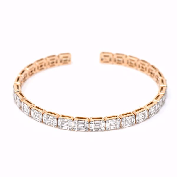 صورة Diamond Emerald Cut Illusion Bangle