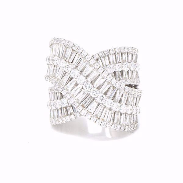 Picture of Stunning white Diamond Ring