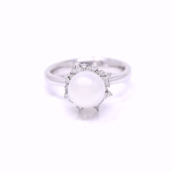 Picture of Classic Pearl Diamond Ring