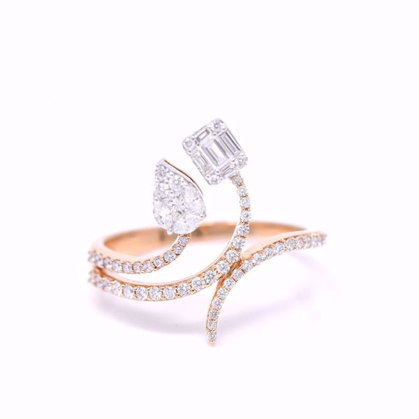 Picture of Extraordinary Pink Gold Diamond Ring