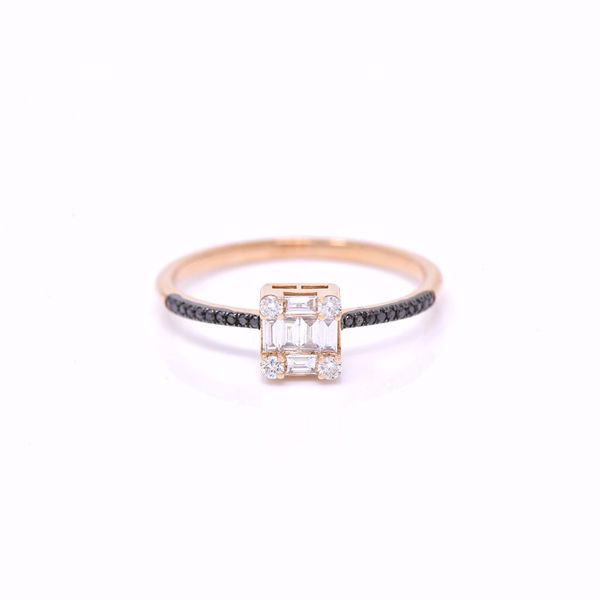 Picture of Lovely Emerald Cut Diamond Illusion Ring
