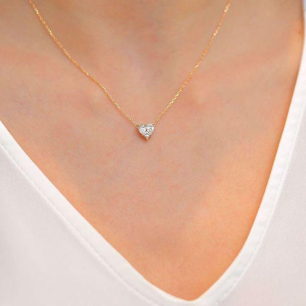 Picture of Distinctive Illusion white Diamond Heart Necklace