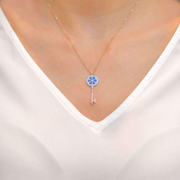 Picture of Knot Key Diamond Pendant