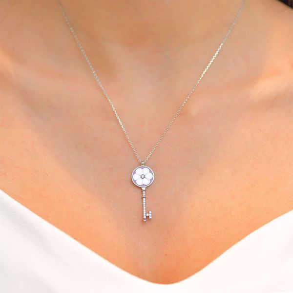 Picture of Charming White Diamond Key Necklace