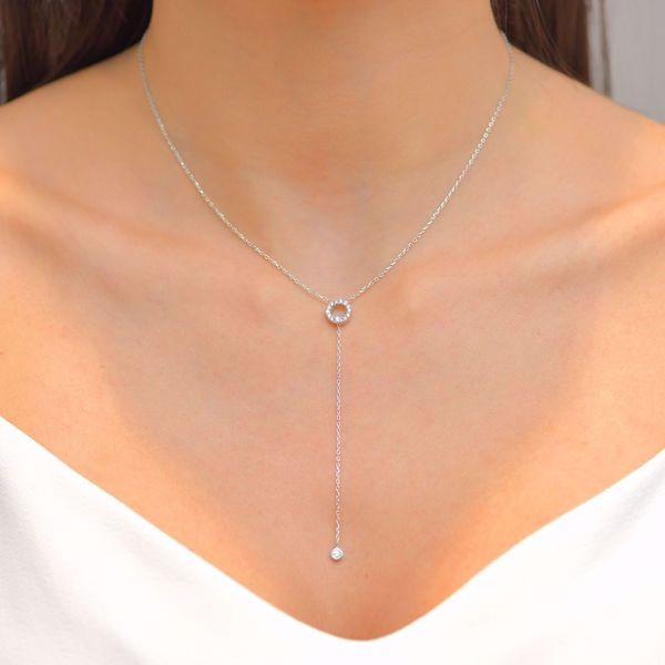 Picture of Elegant White Diamond Necklace
