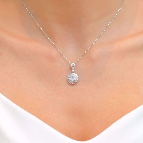 Picture of Classic Pave Taper Diamonds Necklace