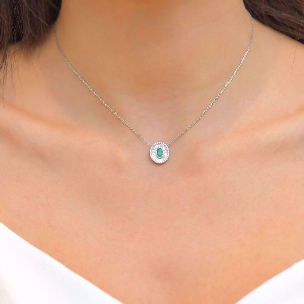 Picture of Engaging White Diamond & Emerald Necklace