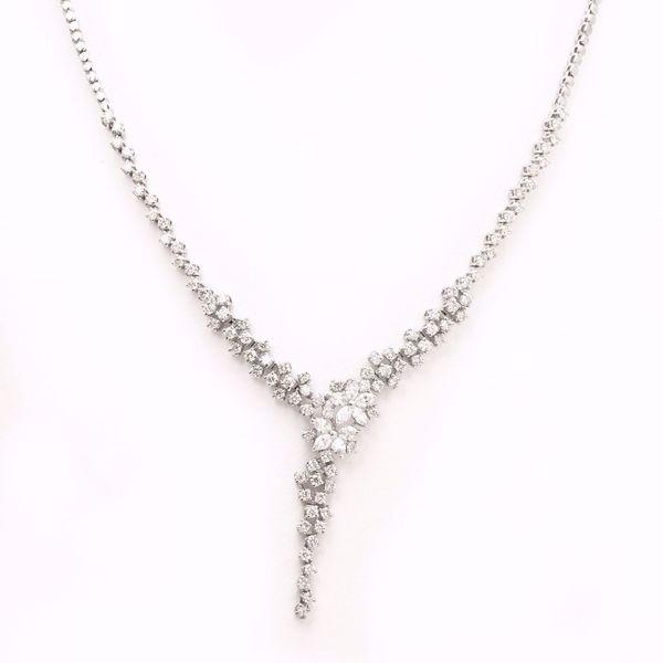 Picture of Impressive White Diamond Necklace