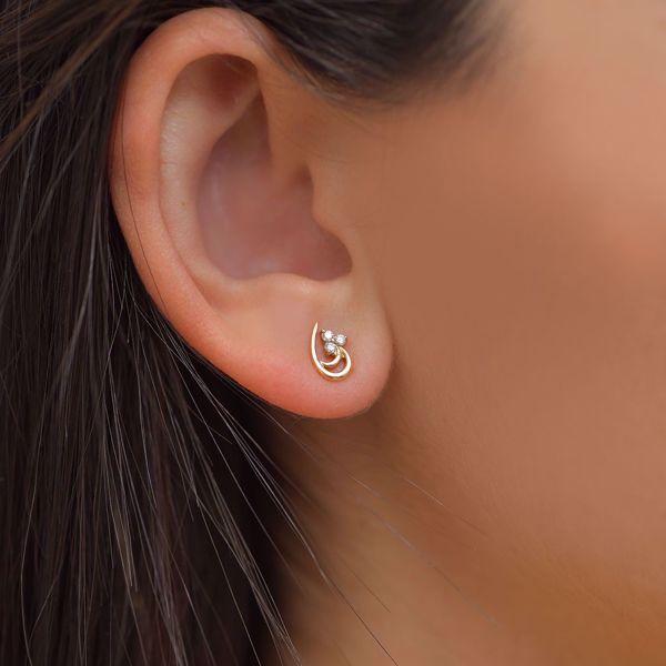 Picture of Lovely Tear Studs Diamond Earrings
