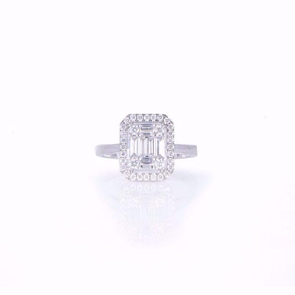 Picture of Attractive Emerald Cut Illusion Diamond Ring