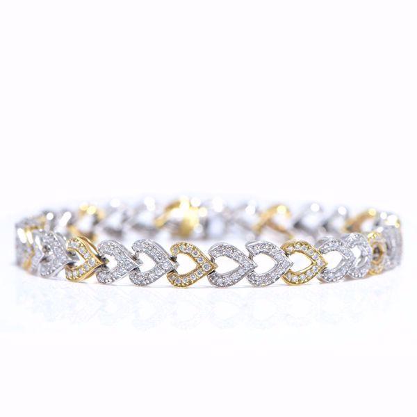Picture of Classic Two Tones Diamond Bracelet