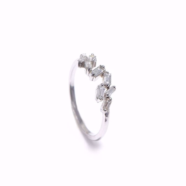Picture of Stylish Diamond Ring
