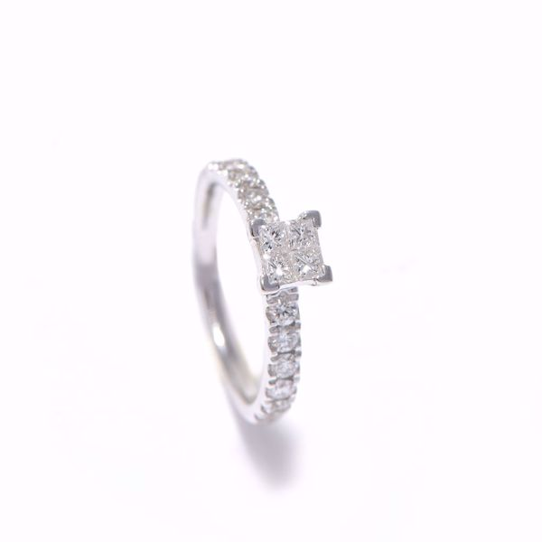 Picture of Shining Diamond Solitaire Ring