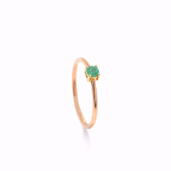 Picture of Simple Tiny Emerald Ring