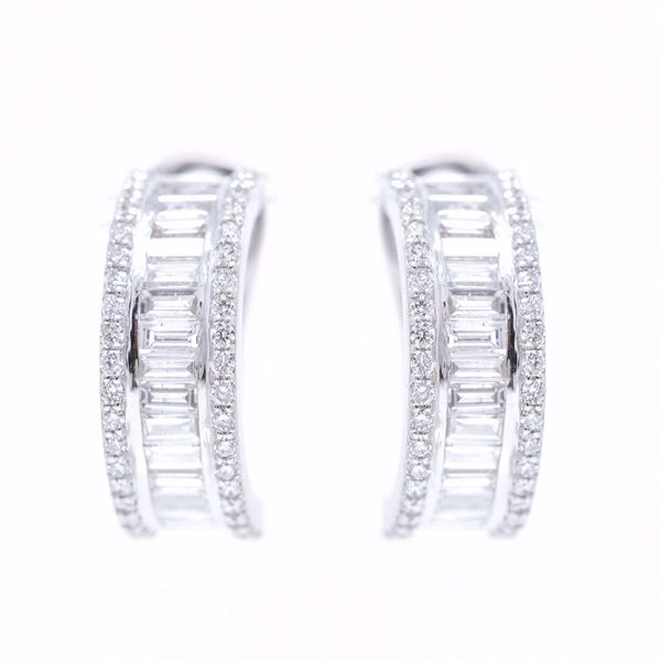 Picture of White Diamond Earrings