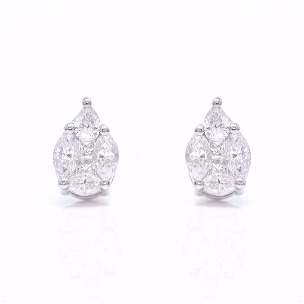 Picture of Shiny White Diamond Earrings