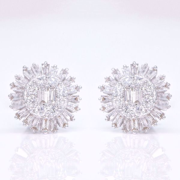 Picture of Sunflower Diamond Earrings