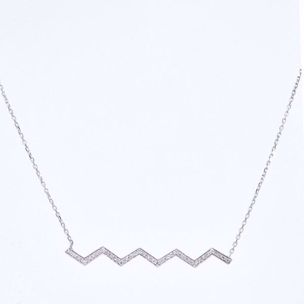 Picture of Stylish White Diamond Necklace